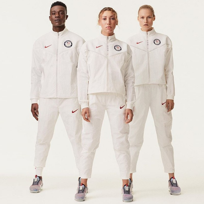 media/image/olympics-nike-jersey-tokyo-basketball-woman-usa-uniform-official-man-medal-swoosh.jpg