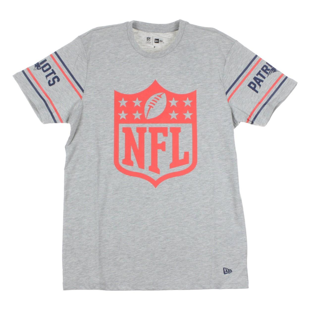 NEW ERA NFL BADGE TEE NEEPAT 11935176